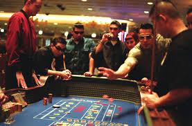 Banyak pendekatan yang dapat diandalkan untuk menilai poker kasino online